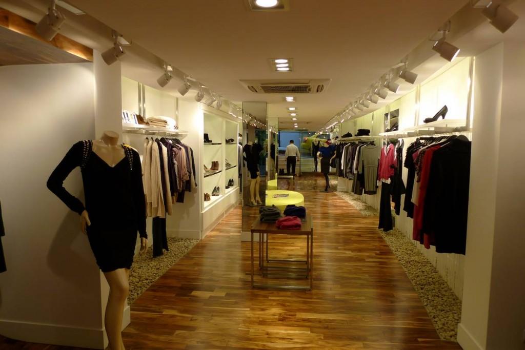 Bcbg Store Promeka
